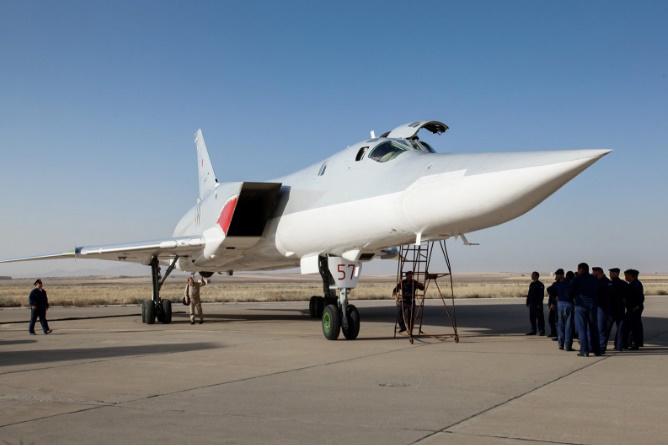 IRusia despliega bombarderos estratégicos en Irán
