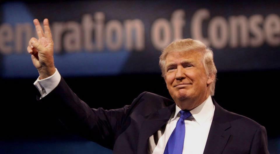 Clinton pide a sus seguidores reconocer triunfo de Trump