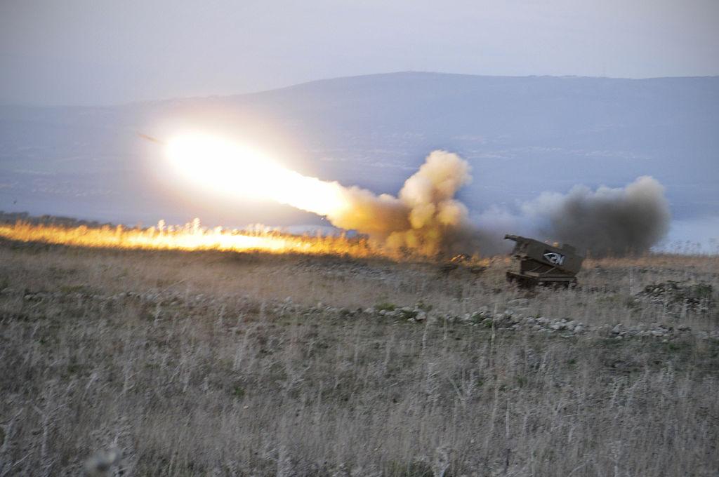 Israel bombardea a las posiciones del Ejército de Siria