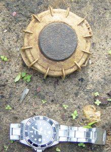 Mina VS50 Foto: Programa de desminado en Sri Lanka Wikimedia CC BY-SA 3.0