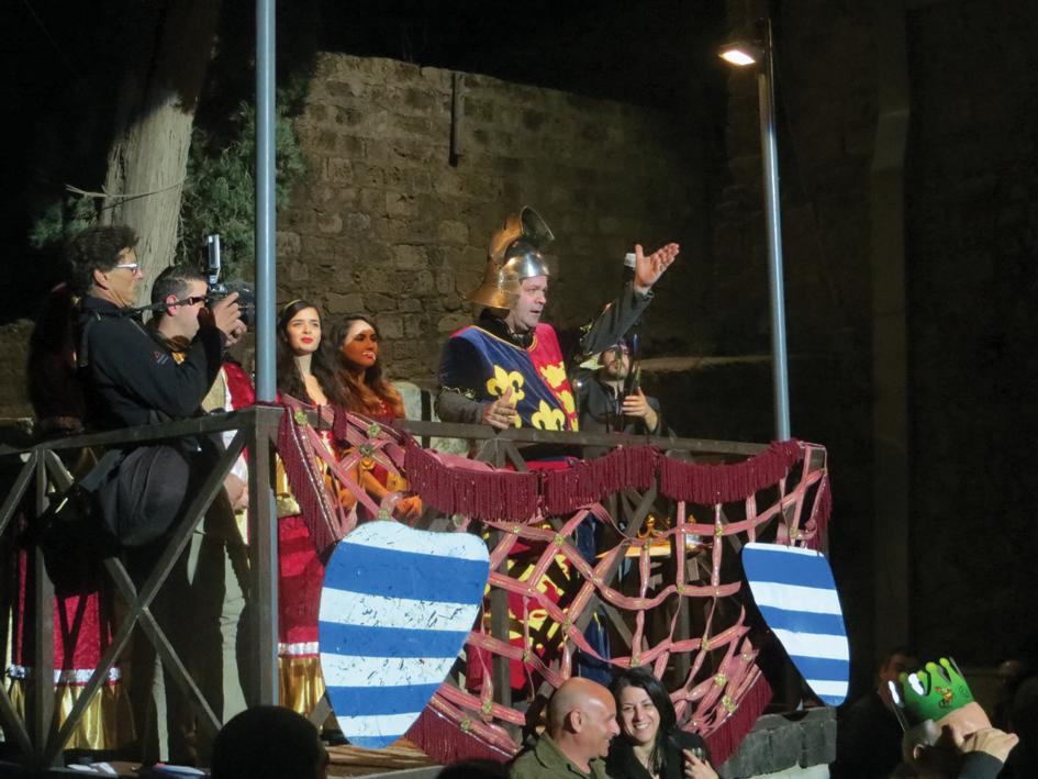 El Rey Ricardo abre las luchas