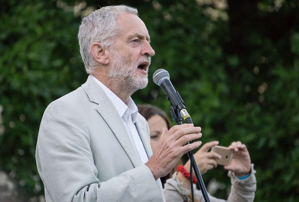 May y Corbyn vuelven al ruedo electoral — Reino Unido