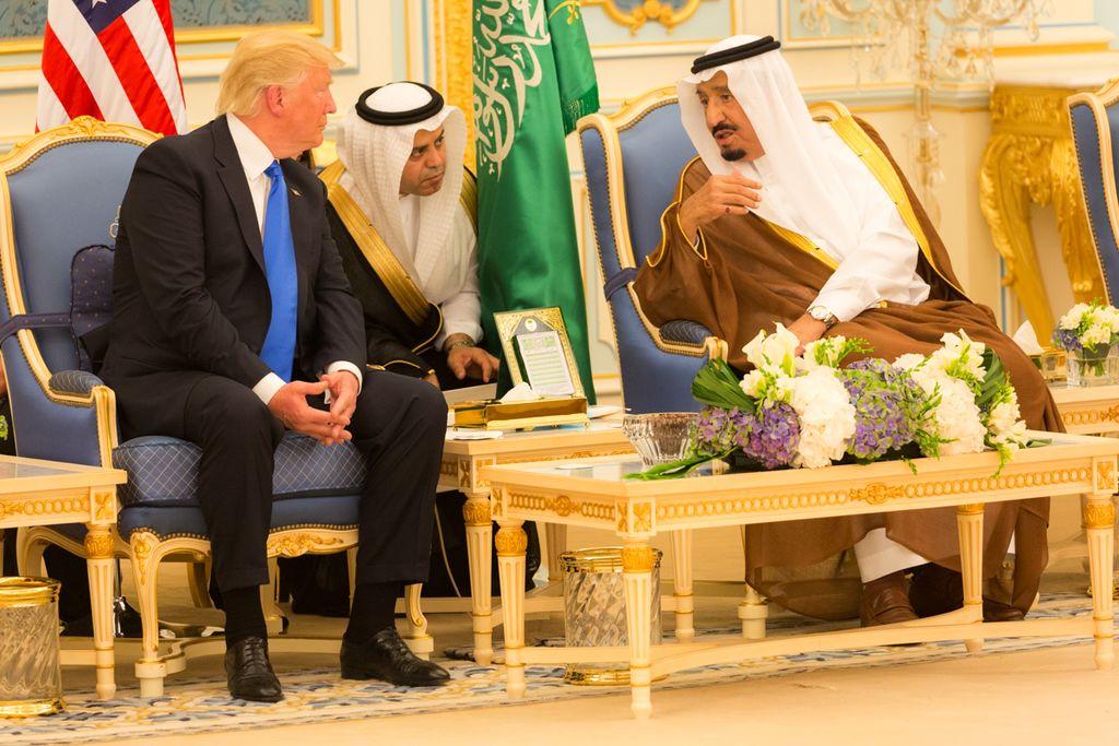 Coalición árabe impone 13 demandas a Qatar para levantar bloqueo