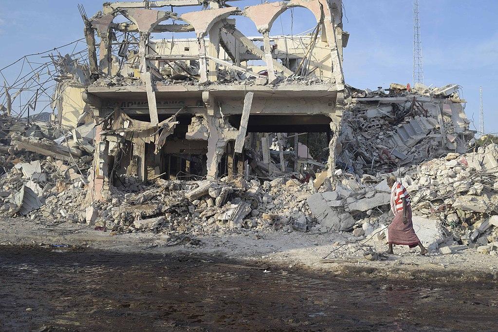 Sube a 358 cifra de muertos por atentado en Somalia