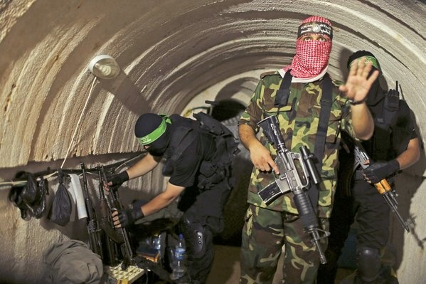 Israel bombardea túnel en la franja de Gaza