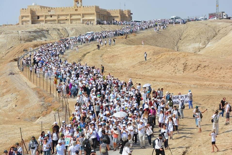 Gigante marcha de la Mujeres por la Paz y el fin del conflicto