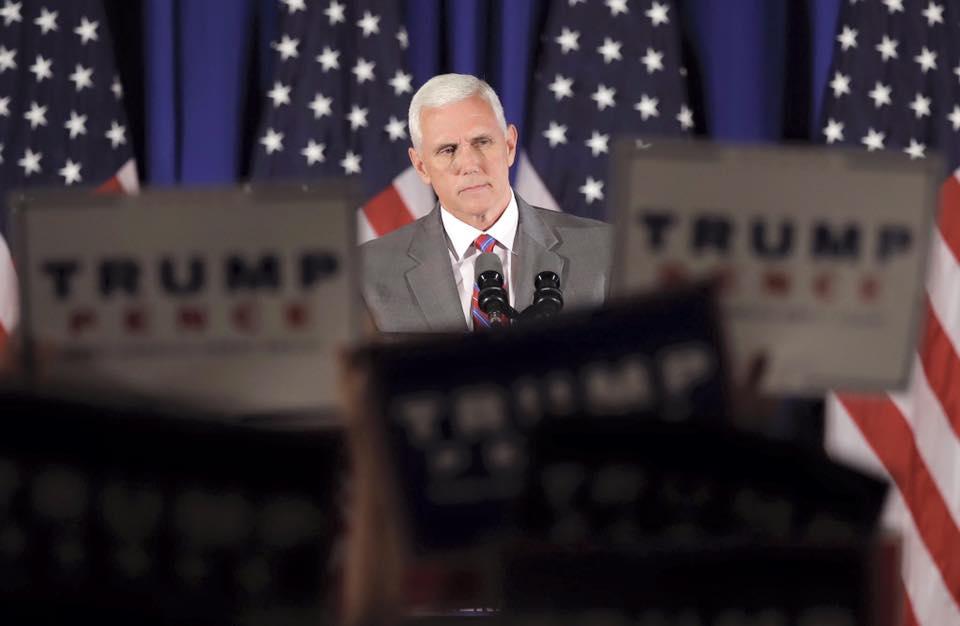 """EEUU acusa a los palestinos de """"escabullirse"""" de las conversaciones de paz al desairar a Mike Pence"""
