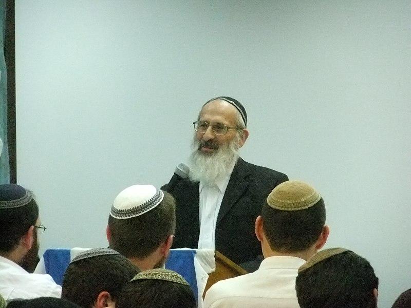 """Rabino líder del sionismo religioso: """"Prohibido alistarse en el ejército hasta que no haya separación de género"""""""