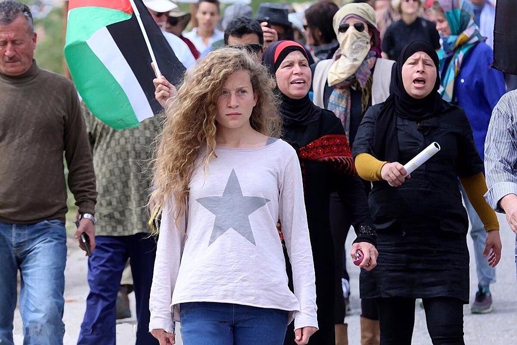 Artistas de EE.UU. piden liberar a la joven Ahed Tamimi
