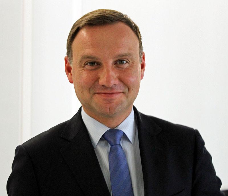 El presidente polaco ratifica ley sobre Holocausto pese a las críticas de Israel