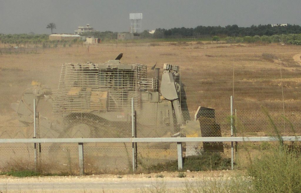 Sofisticada Cúpula de Hierro israelí intercepta cohetes ficticios