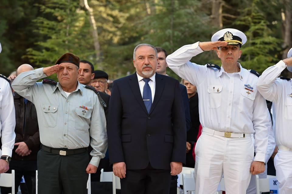 """Liberman: No permitiremos que Irán nos """"estrangule"""" en Siria, no importa el precio"""