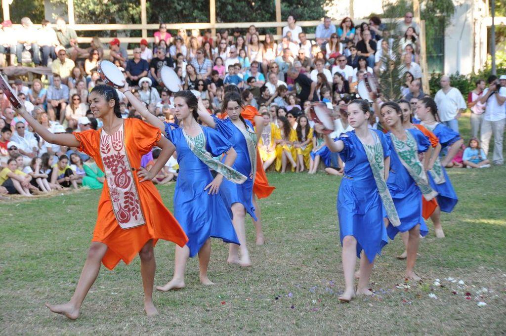 El pueblo judío celebra la festividad de Shavuout