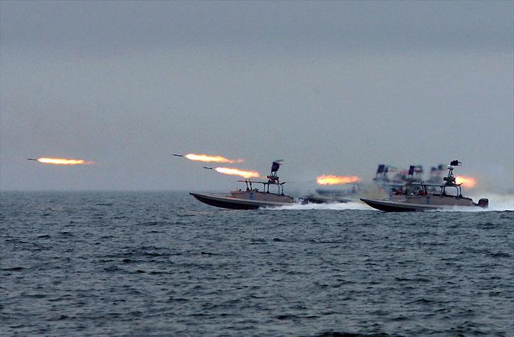 Irán realiza maniobras militares en el Golfo Pérsico escalando la tensión con EEUU