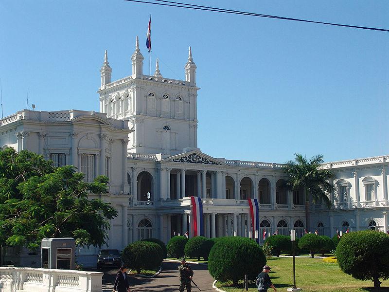 Manifestantes evangelistas exigen en Asunción el retorno de la embajada paraguaya a Jerusalén