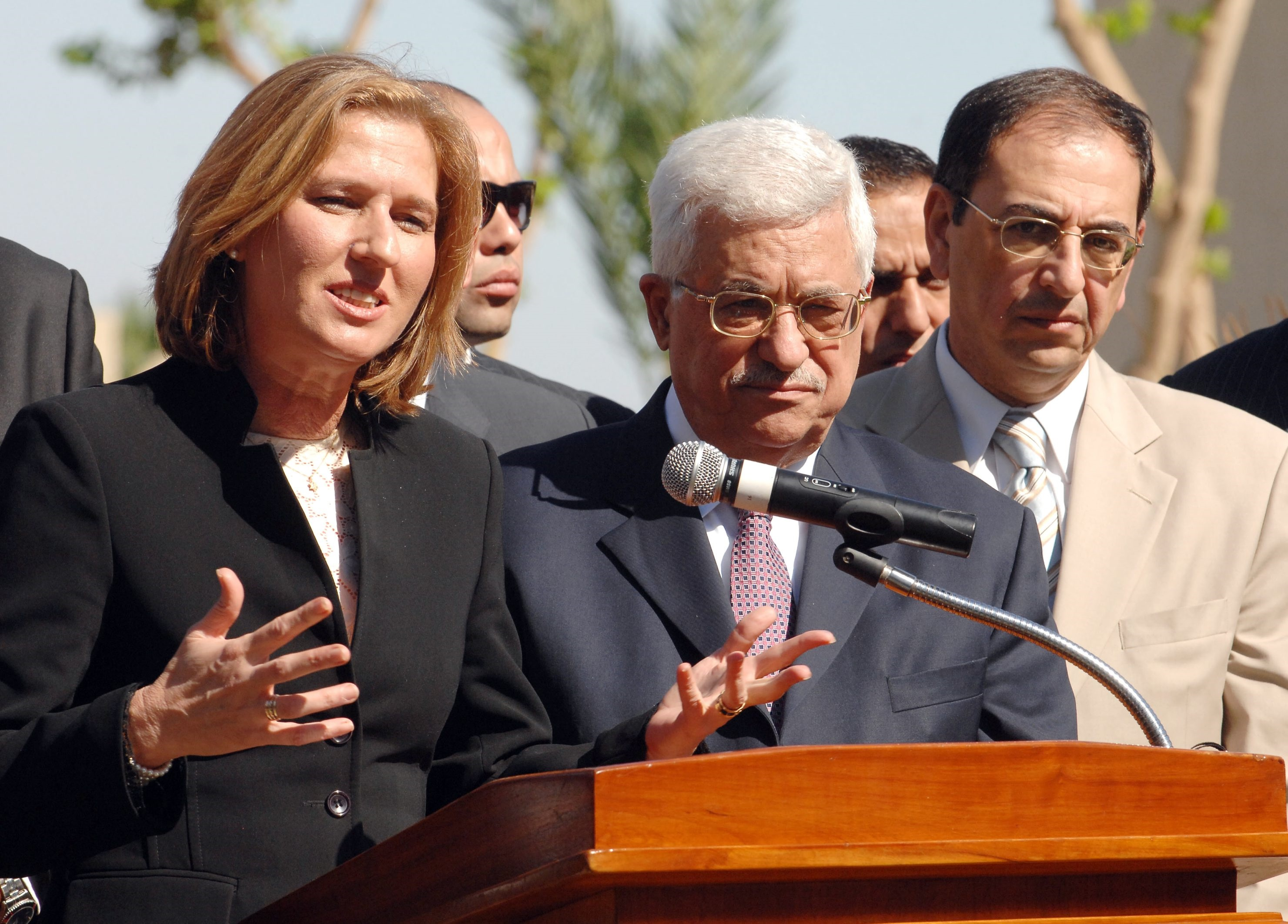 Livni, la líder de la oposición israelí, insta a Abbas a reanudar ...
