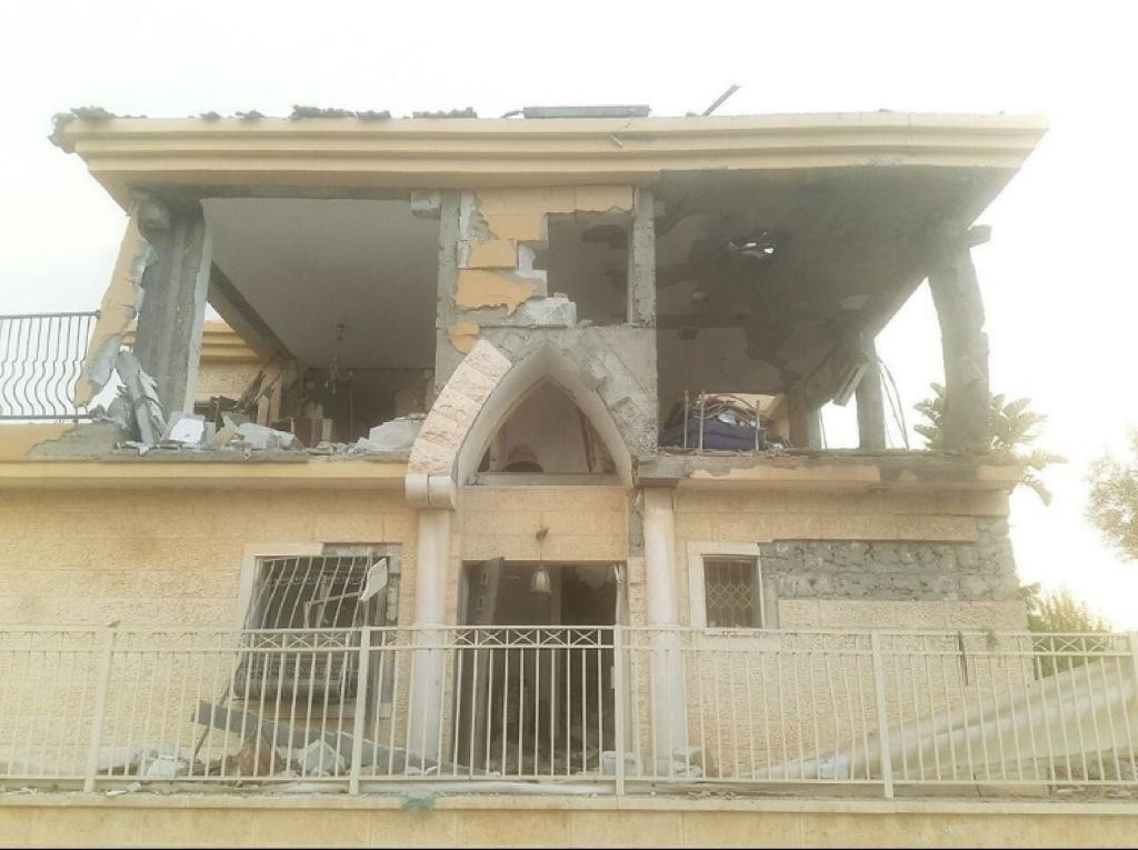 """La madre israelí cuya casa fue destruida por el cohete: """"No tengo casa, no quedó nada"""""""