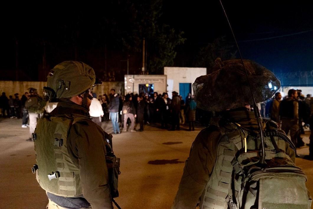 Palestinos atacan a peregrinos judíos en la Tumba de José